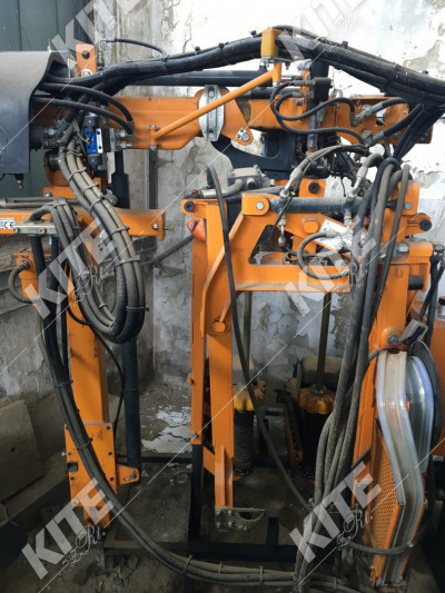 Pellenc Multiviti, wire lifter