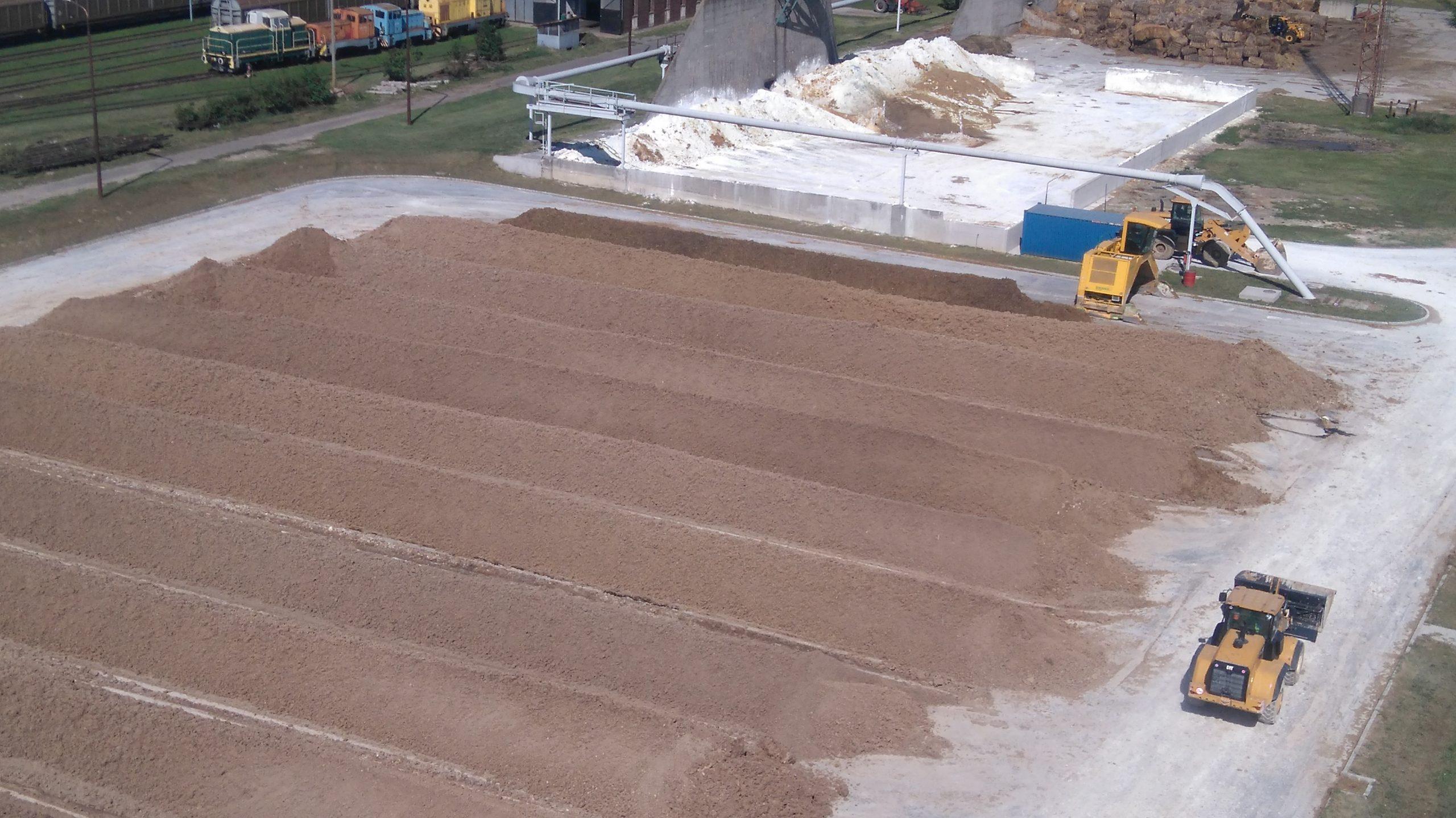 Komposzt és cellulózgyári mésziszap talajjavításhoz